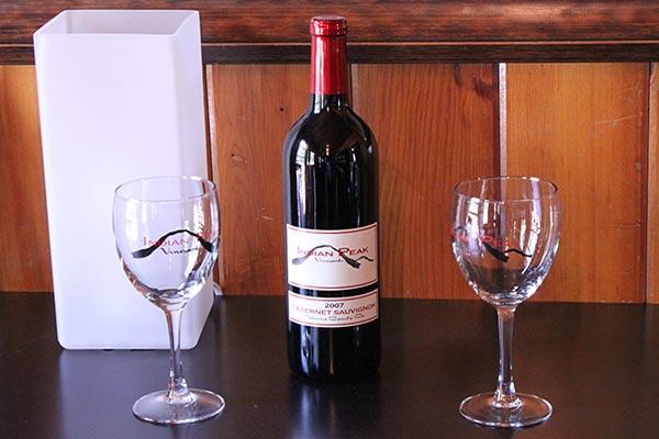 Graeagle-Wine-Tasting-Room-Indian-Peak-Vineyards-2007-Cabernet-Sauvignon-Bottle-01